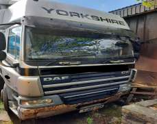 2007 DAF65 4x2 18 Tons Sleeper Cab, Manual gearbox, Curtain Side