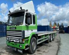 1995 Scania 113 320  8x2 32 Tons Flat Bed, Manual Fuel pump and gearbox