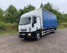 2010 Iveco 180 E25 4x2 18 Tonnes Curtain Side Lorry