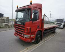 2000 Scania P94D 4x2 18 Tonnes Rigid Box Lorry day cab, Manual gearbox and Fuel pump