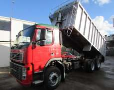 2002 Volvo FM9 300 32 Tonnes Allow Body Bulk tipper